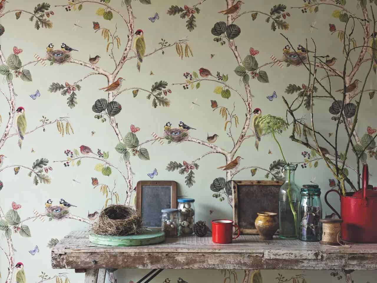 Décorer le salon avec des papiers peints design